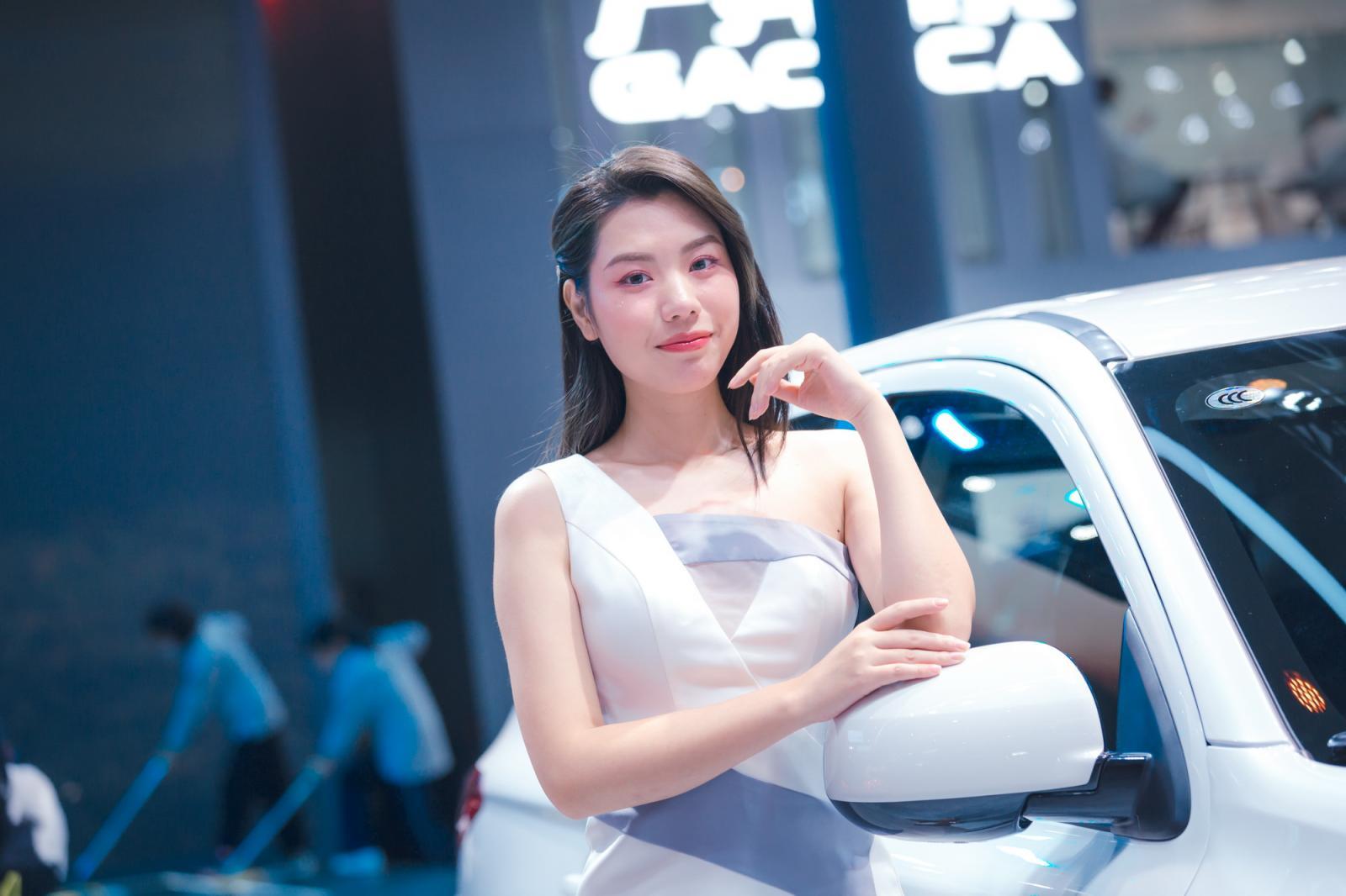 小姐姐云集,2020广州车展最美车模(一)